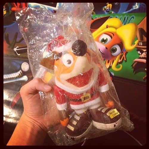 Crash Bandicoot Japanese Japan OFFICIAL Santa Christmas Plush NIP Naughty Dog