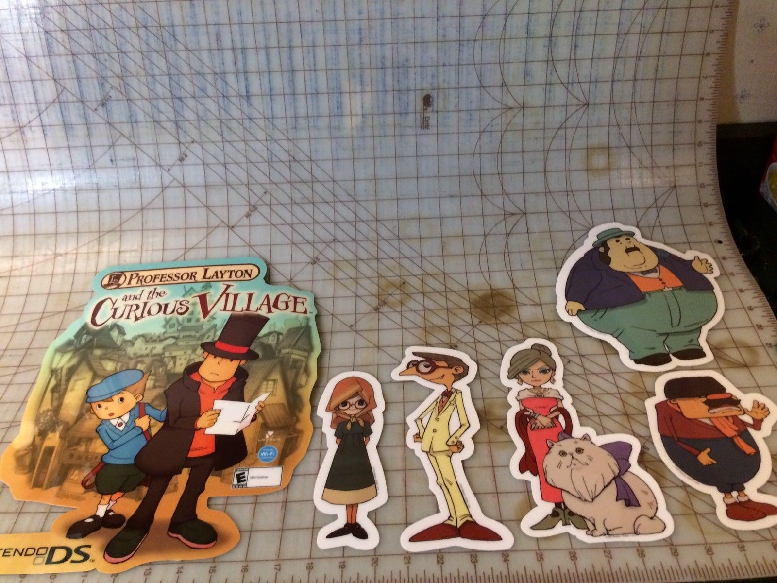 Nintendo Promo Character Set Store Display Professor Layton 6 Pc Set DS 2