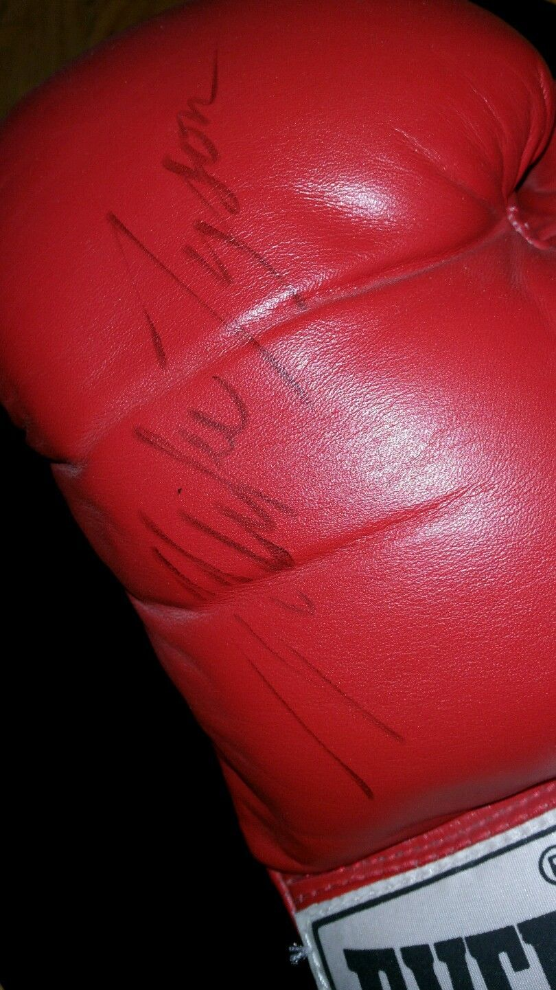 Nintendo Trade Appreciation Night Mike Tyson Punch Out Glove Signed 1988 3
