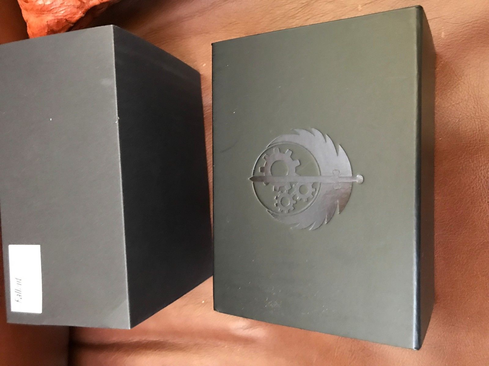 OFFICIAL Fallout BROTHERHOOD OF STEEL WATCH LIMITED 500 RARE Bethesda Softworks MSTR Meister 2