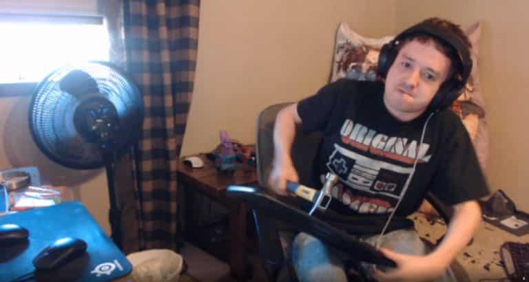 Streamer Breaks Keyboard in Front of His Twitch Followers