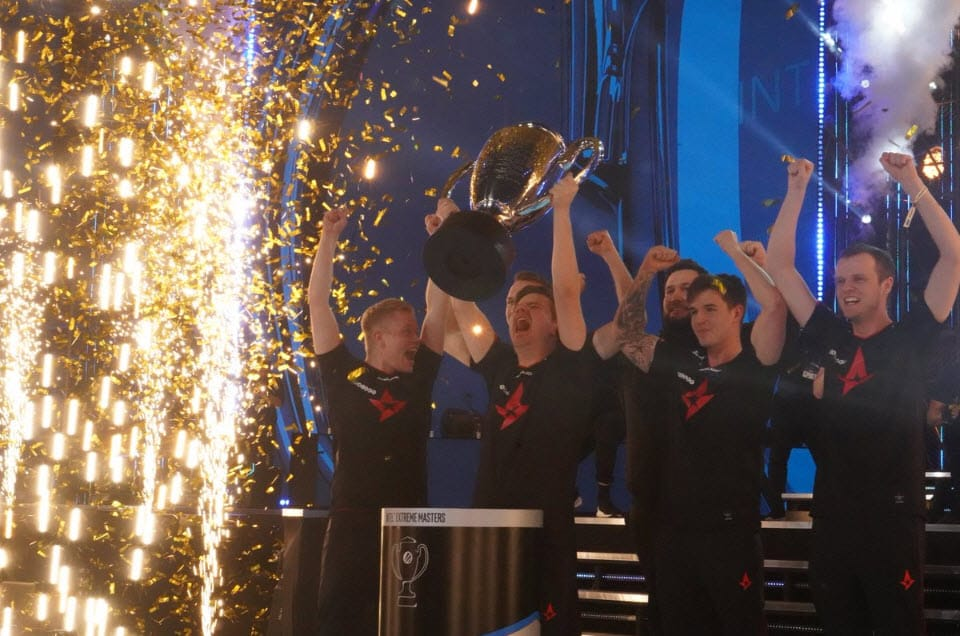Esports Team Win Championship Trophy
