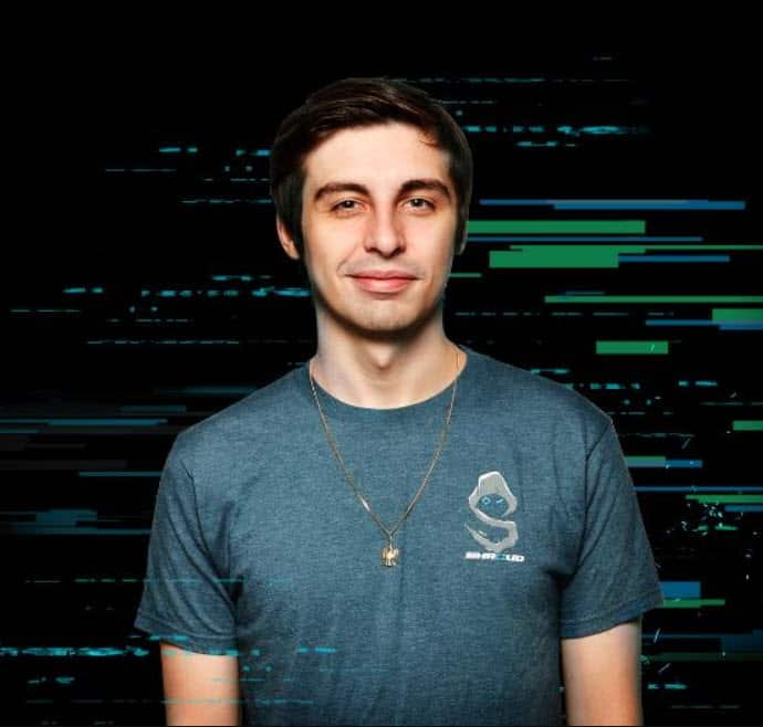 How old is Shroud Streamer