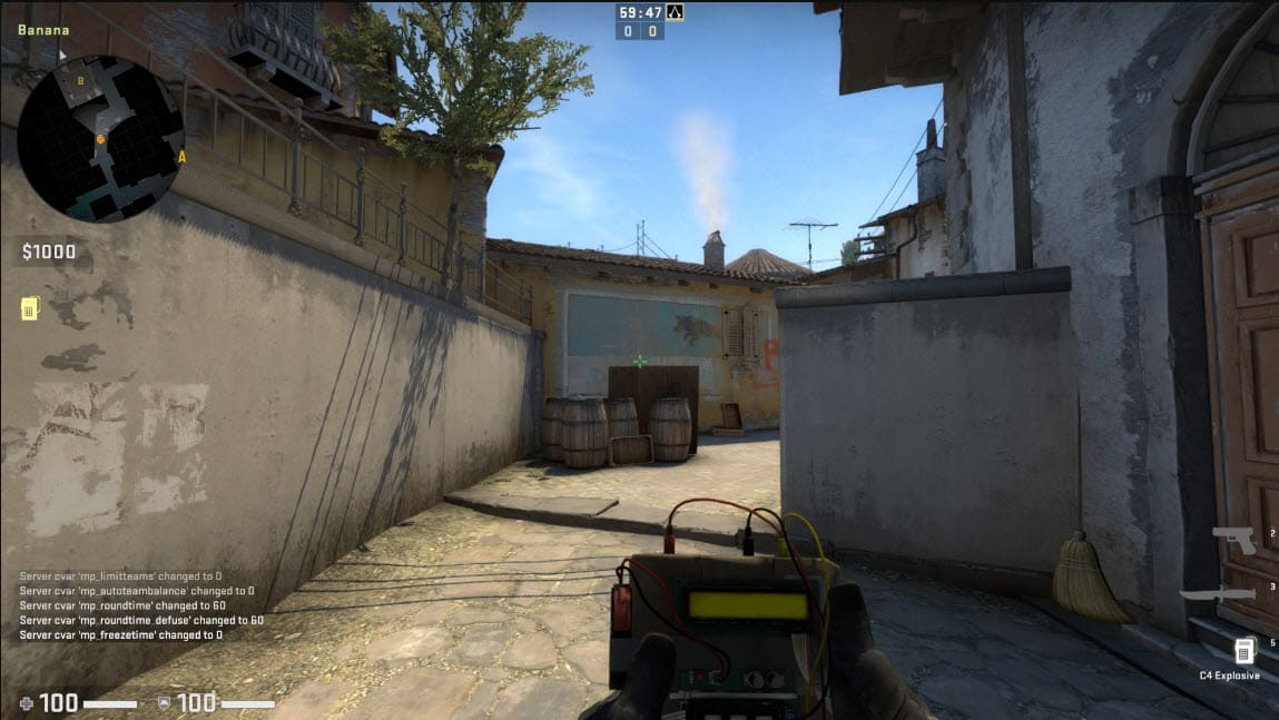 Rushing in the battle with the bomb CSGO Mistake